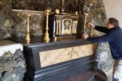 Reštaurovanie oltárnej zostavy so svätostánkom v Božom hrobe