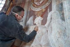Reštaurovanie fresiek Stredný kostol
