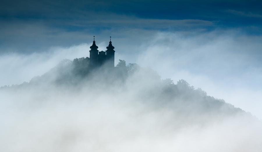 Kalvária Banská Štiavnica v hmle
