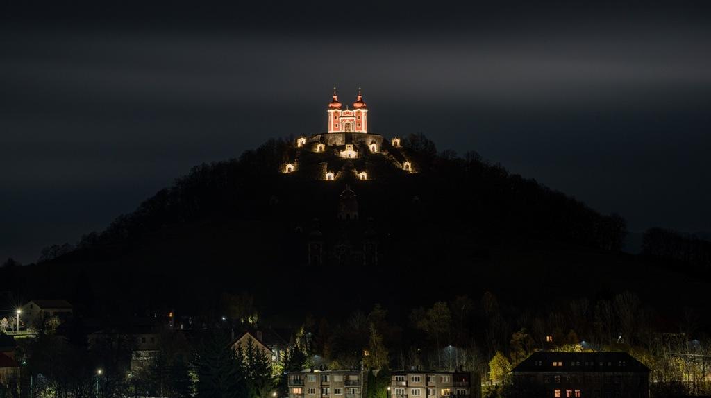 Kalvária Banská Štiavnica v noci