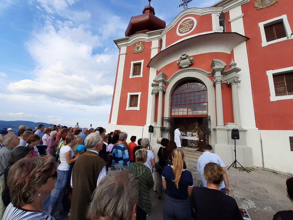 prvá omša v hornom kostole po 40 rokoch