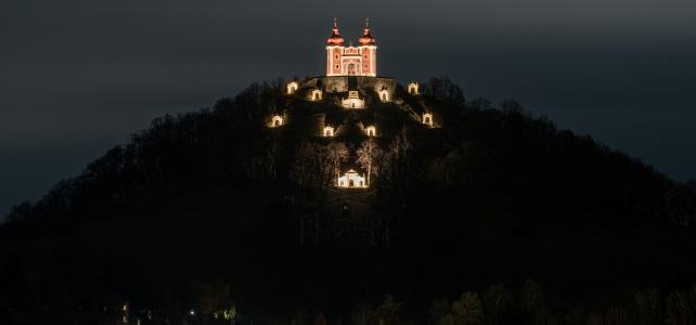 Nočné osvetlenie sa rozšírilo o ďalší objekt – Stredný kostol